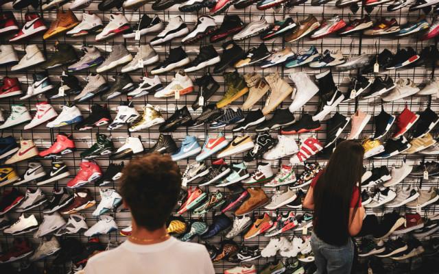 shoe-wall-2-2.jpg